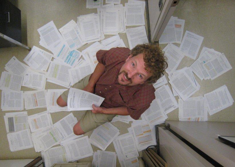 Lahti submerses himself in literature