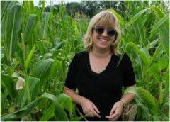 Madelaine Bartlett, Biology UMass Amherst