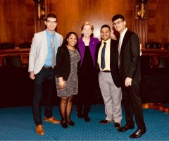Sen. Elizabeth Warren with (from left) Evan Kuras, Christina Chisholm, Avelino Amado and Archit Rastogi.