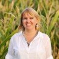 Dr. Madelaine Bartlett
